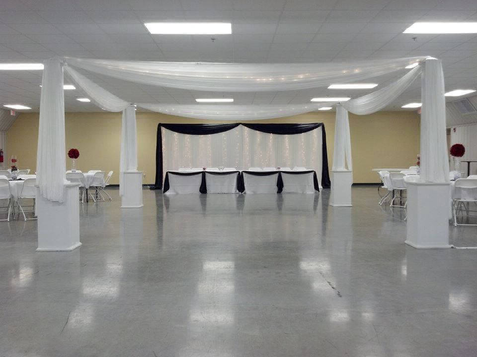 4-h wedding setup